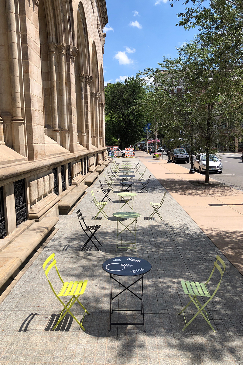 Physically distanced cafe tables along the Chapel Street facade of the Old Yale Art Gallery