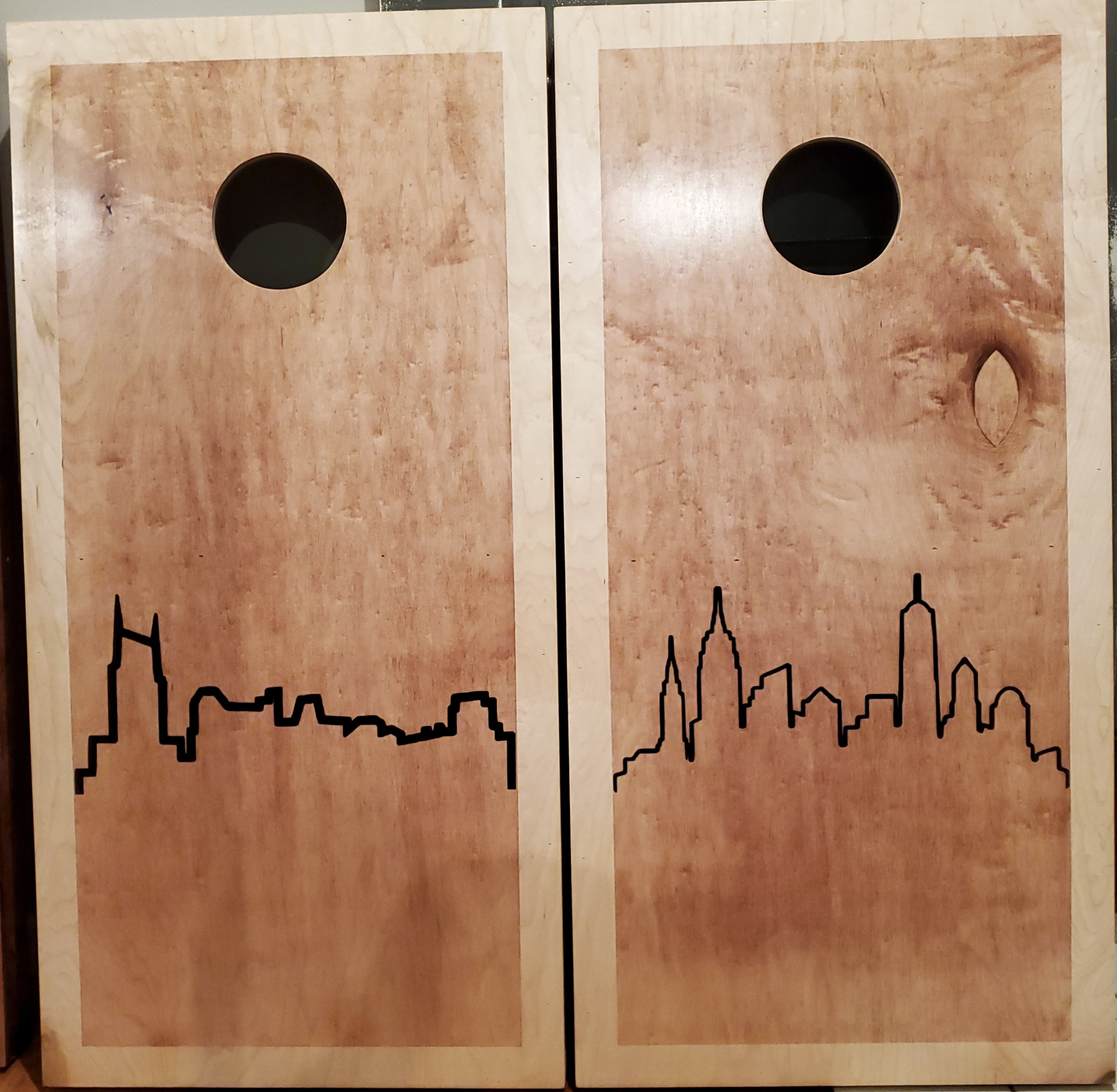 City Silhouette Custom Cornhole Set