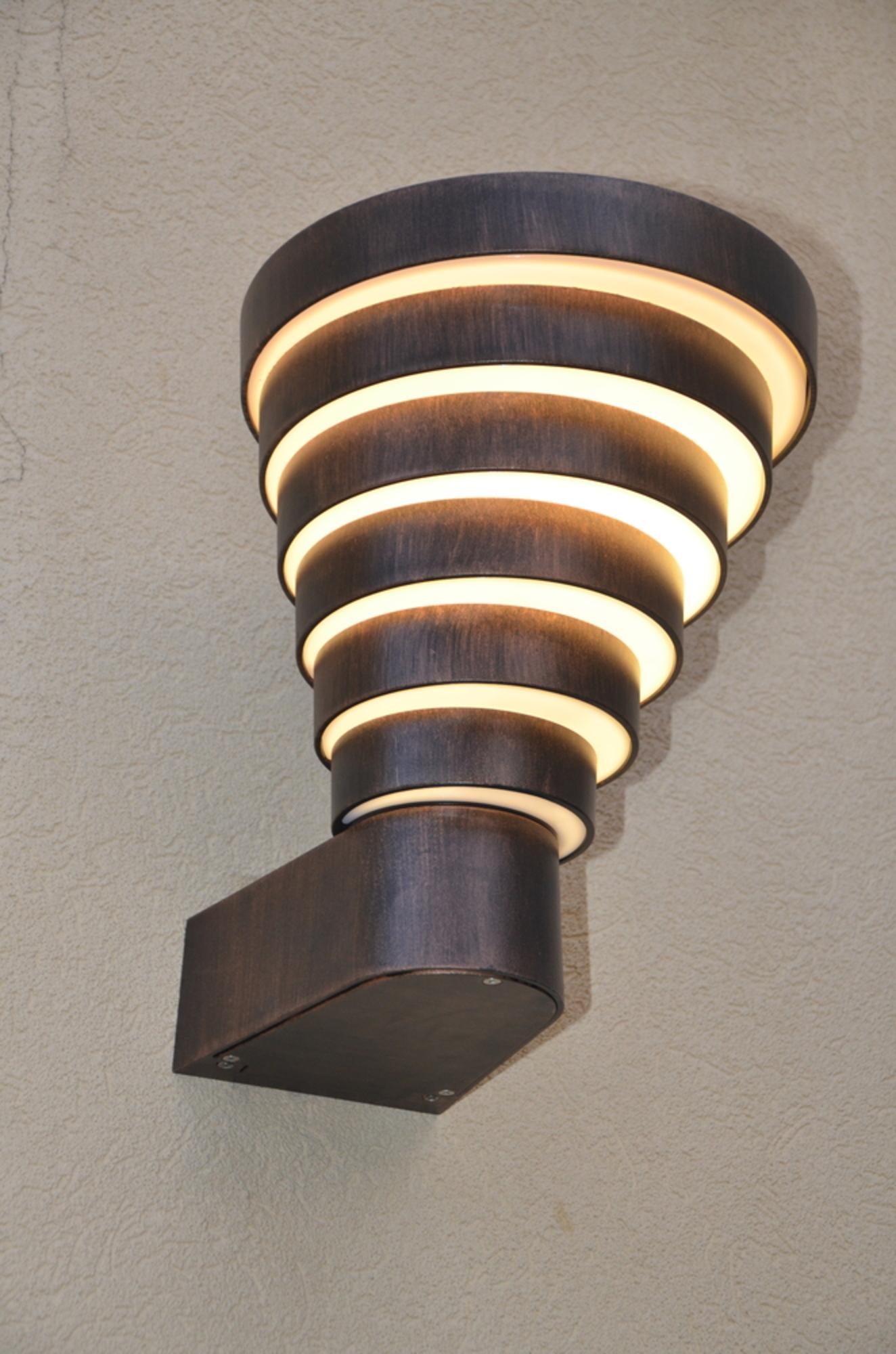 Ivan Hoe, a decorative light from Landa Lighting