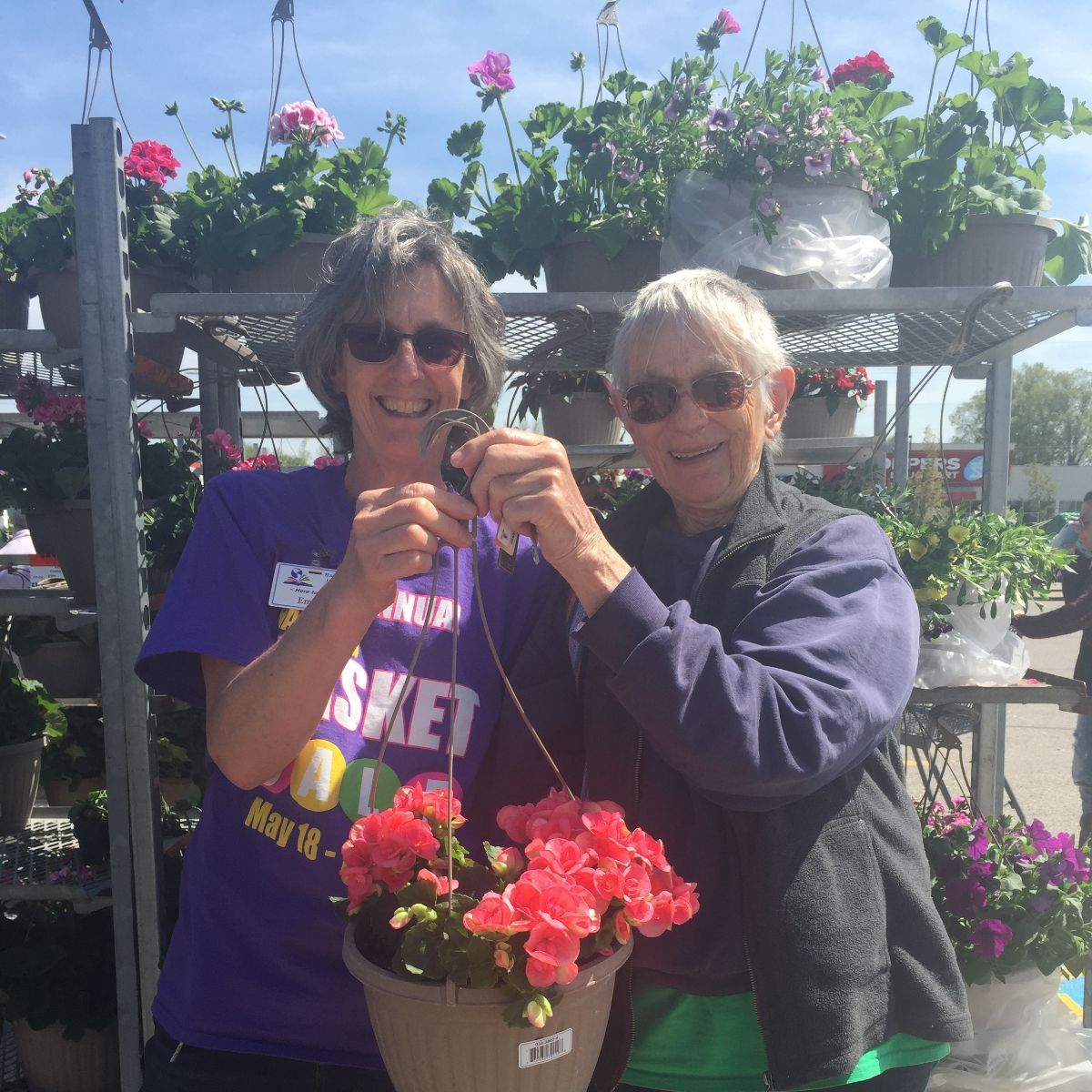 emma and susan at the hanging basket sale 2019