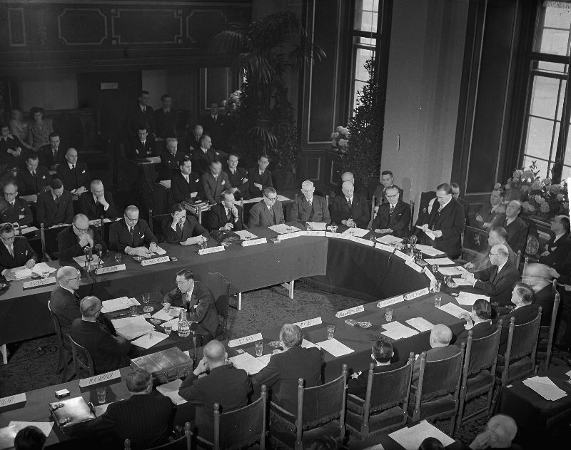 Benelux conference in The Hague in 1949(Photo: Dutch National Archives)
