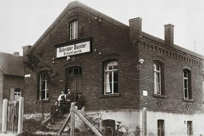 The Dassler shoe factory in 1928 (Photo: Public domain)