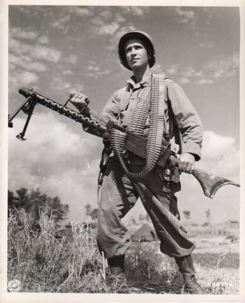 An M1919A6, note the bipod and the buttstock(Photo: ww2aircraft.net)