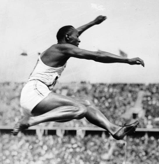 Owens at the 1936 Berlin Olympics, wearing the distinctive Dassler shoes(Photo: Bundesarchiv)