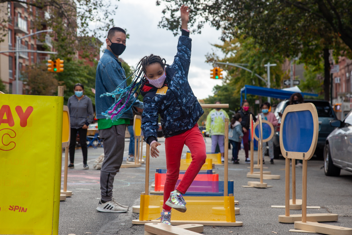 PLAY NYC no touch obstacle course