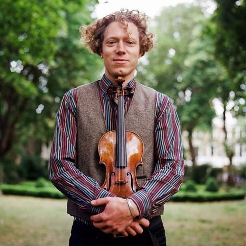 Max Baillie, violin