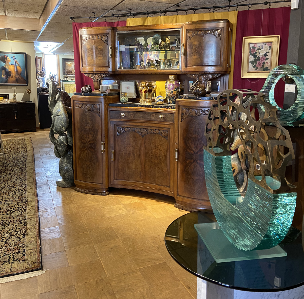 JK Designs, is headquartered at Columbine Gallery in Loveland, Colorado. Over the last 25 years, Loveland has become a mecca for the creation of sculpture. The community is home to over three hundred artists, many of whom work in sculpture related support industries. As of August of 2009, 2,766 workers in Loveland, out of a total workforce of 33,401, are employed in the arts and design related/cultural occupations. This is over 8% of the total labor force in Loveland. There are workers in fine art, literary art, including publishing, design, art related retail heritage (museum) and the performing arts. Shortly after JK Designs, Principal John Kinkade established the National Sculptors' Guild, it was determined that visitors wanted to see examples of the members' artwork. As a result, Columbine Gallery was opened. The 4,500 square foot building housing the gallery was designed by one of Frank Lloyd Wrights' last students. The sculpture on display is by NSG members only; accompanied by renowned painters.  Owned and operated by the father/daughter team of John Kinkade & Alyson Kinkade, the gallery artfully displays over 800 NSG sculptures and paintings by 50 local and national artists.