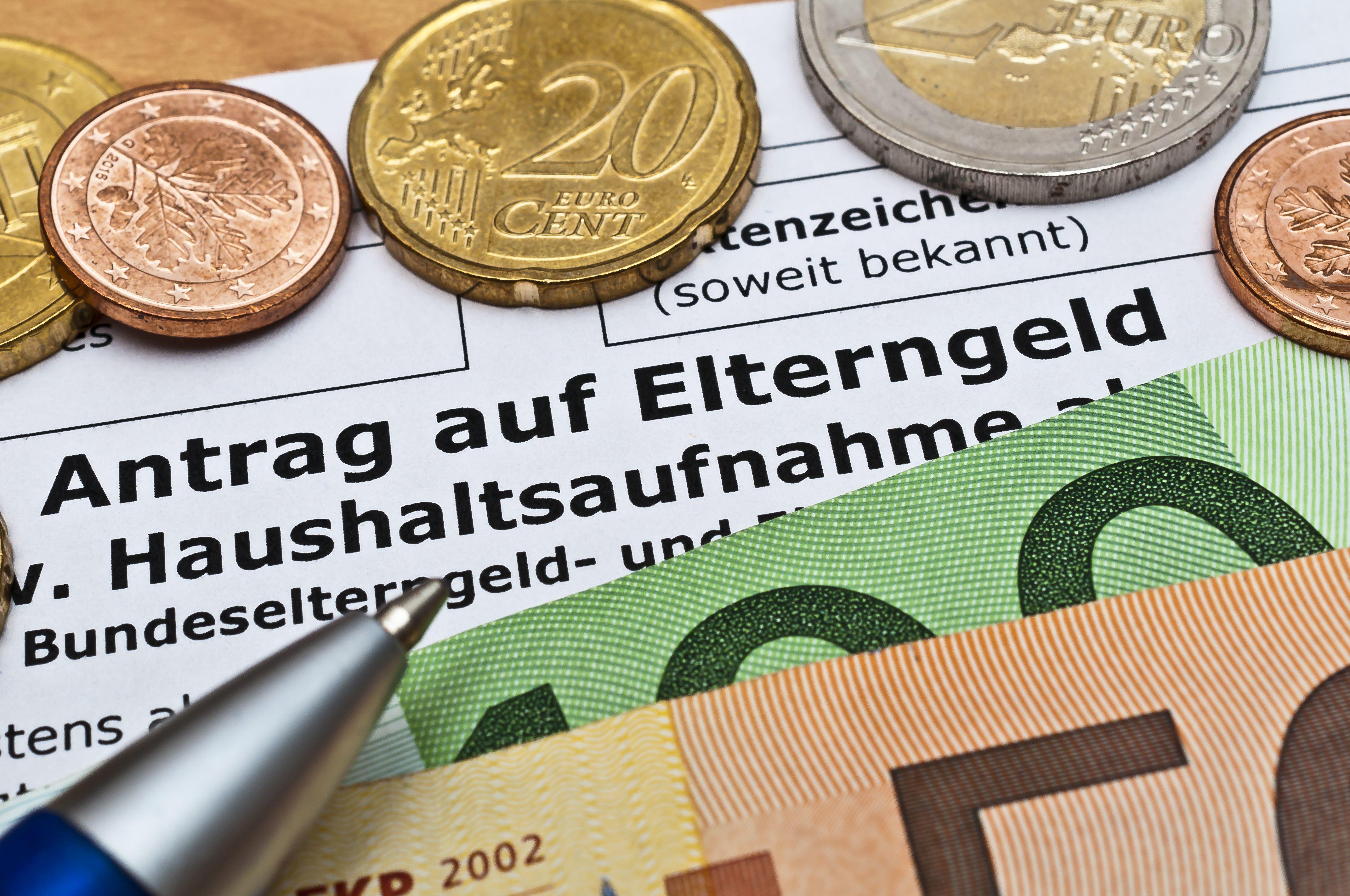 Geldscheine als Symbol des Elterngeldes