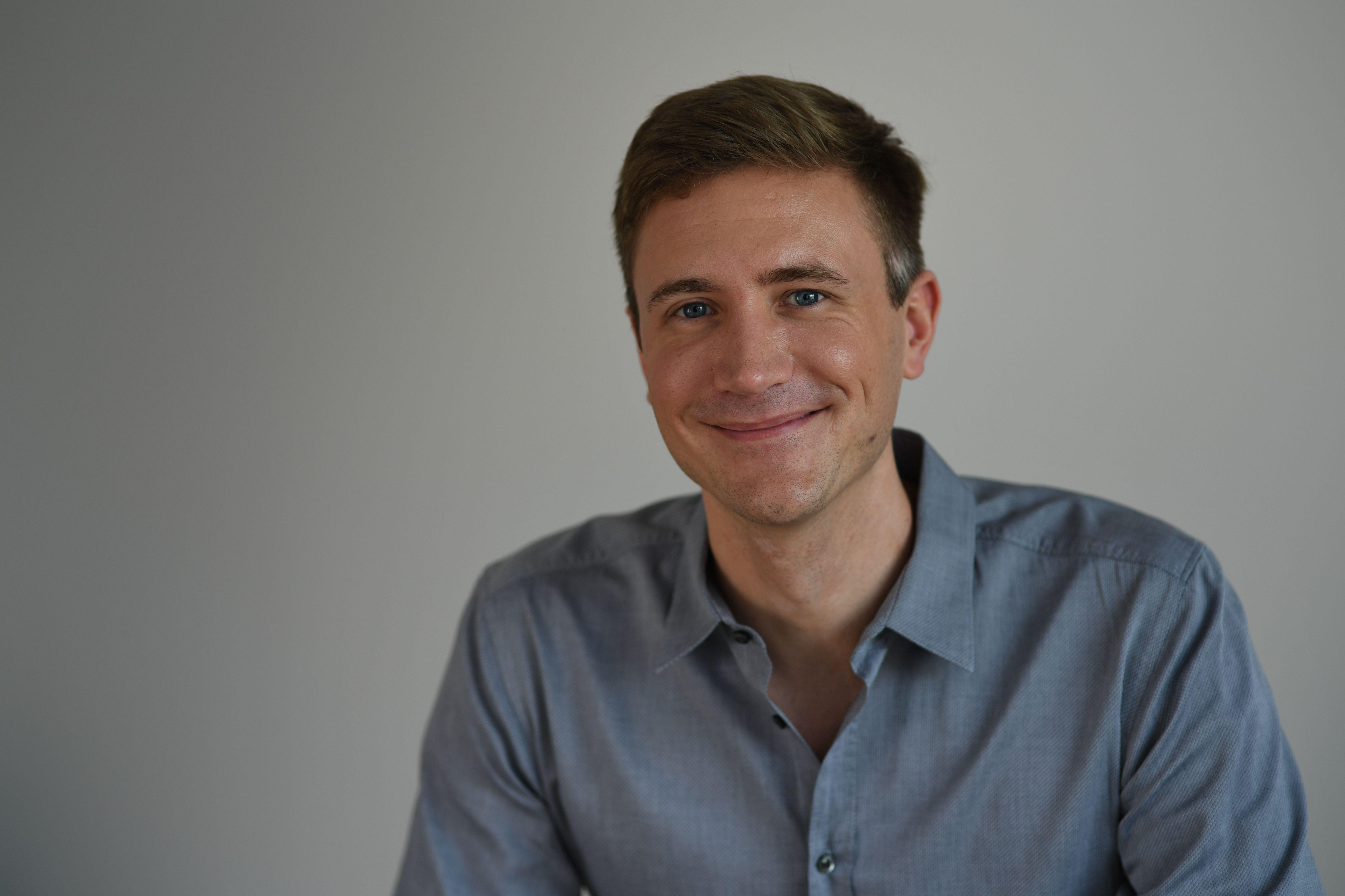 Ein Foto des Experten Timo Ernst. Timo Ernst ist Steuerberater und staatl. geprüfter Betriebswirt.