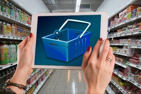 Mystery shopping, also die Kontrolle von Werbemitteln, ist eine häufige Aufgabe von Gigworkern, Foto: Pixabay, geralt