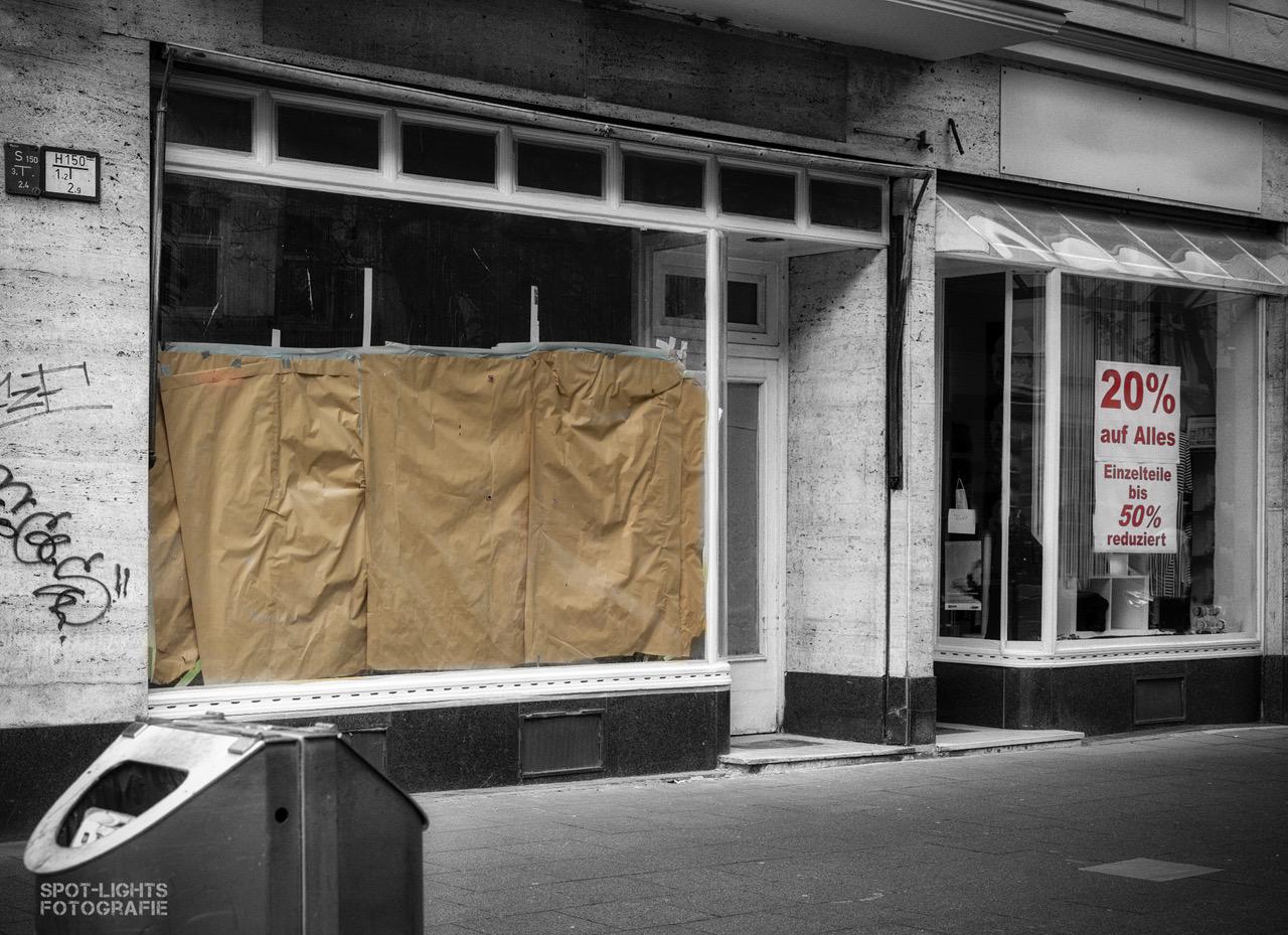 Ein Foto eines leerstehenden Ladens