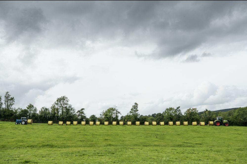 Across and In-Between_round bales_photographer Helen Sloan