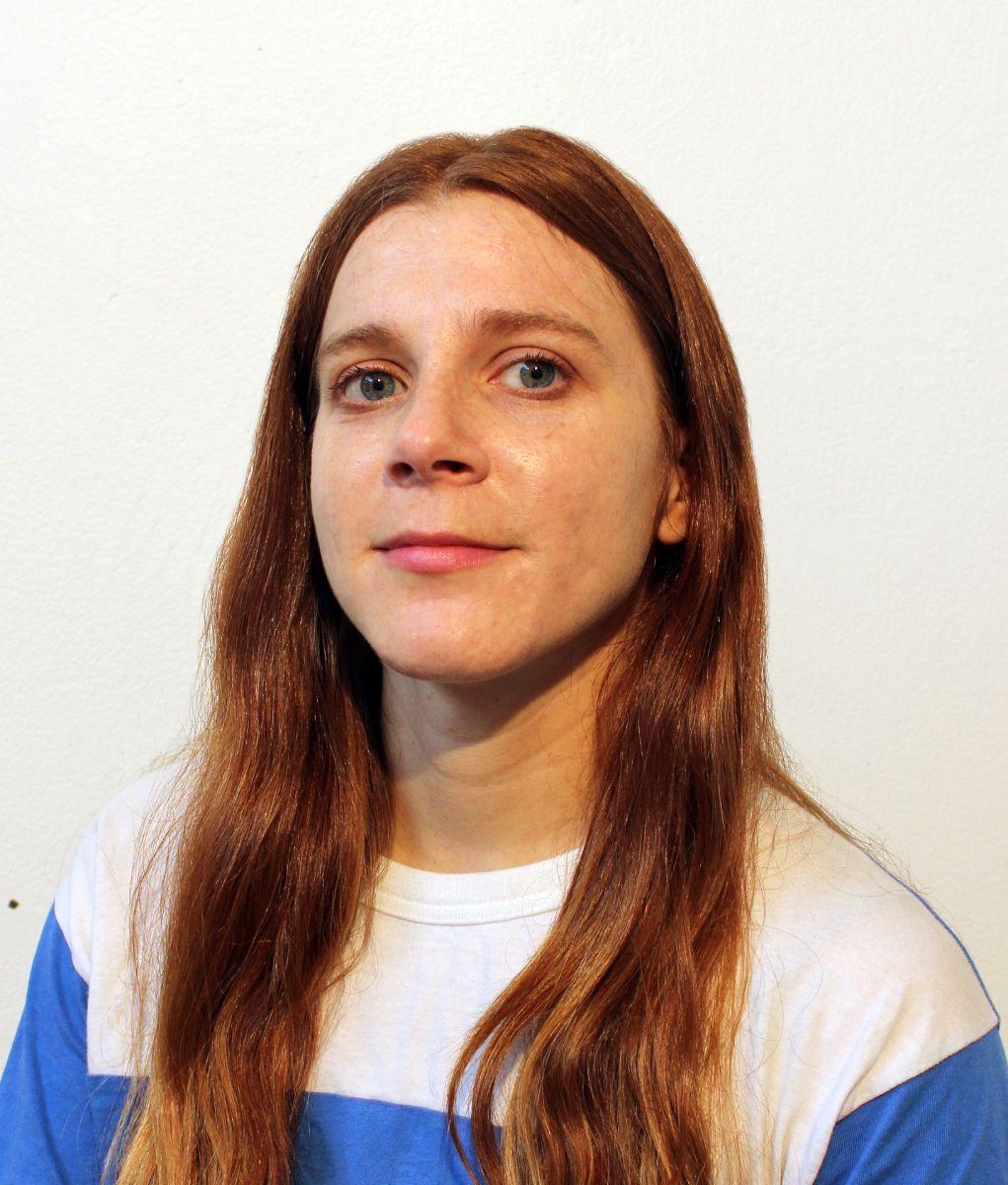 Chloe Crawford Headshot