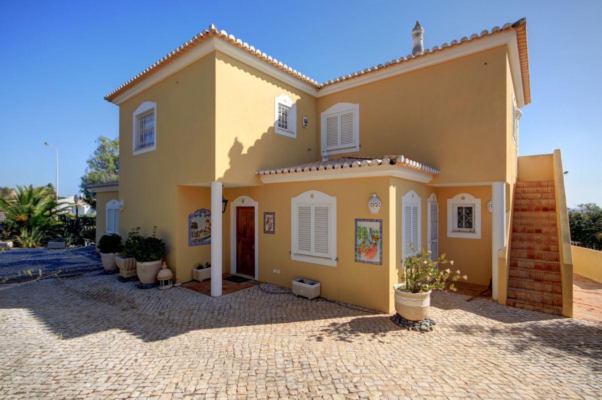 SeaToSky Homes 2609