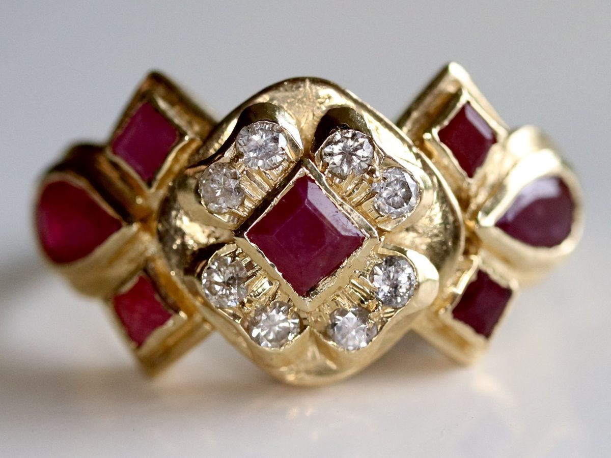 the beauty of art deco jewelry