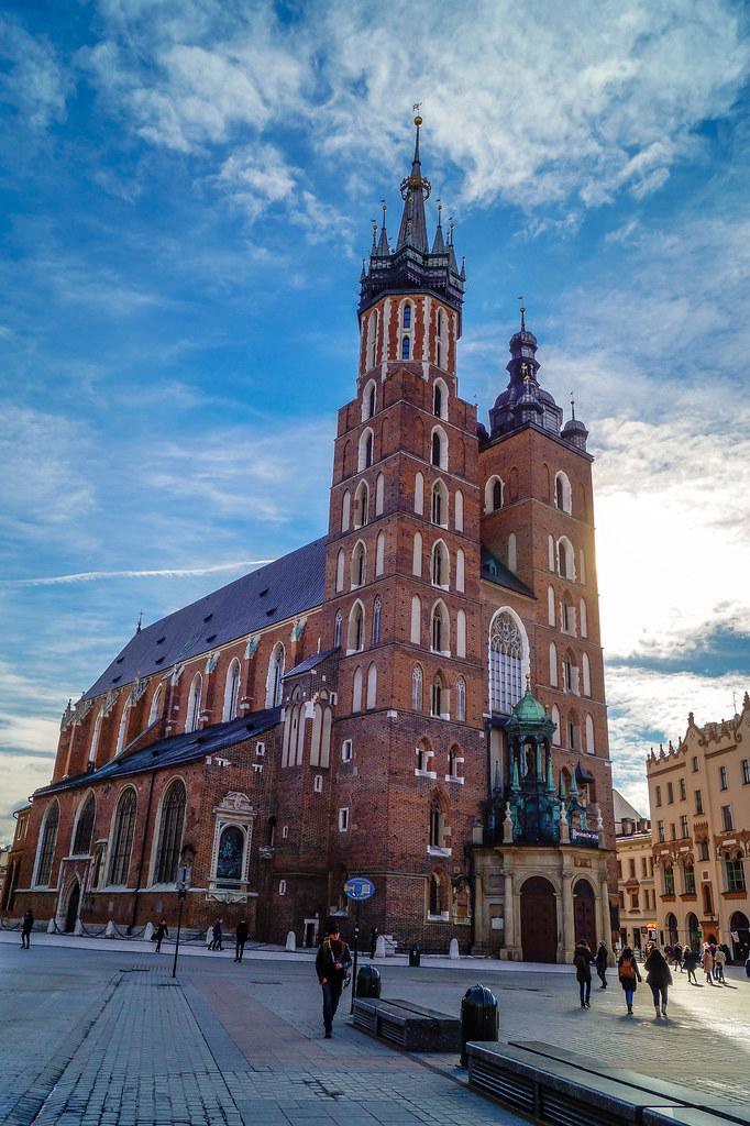 """File:Ayuntamiento Principal, Gdansk, Polonia, 2013-05-20, DD 01.jpg"" by Diego Delso is licensed under CC BY-SA 3.0"