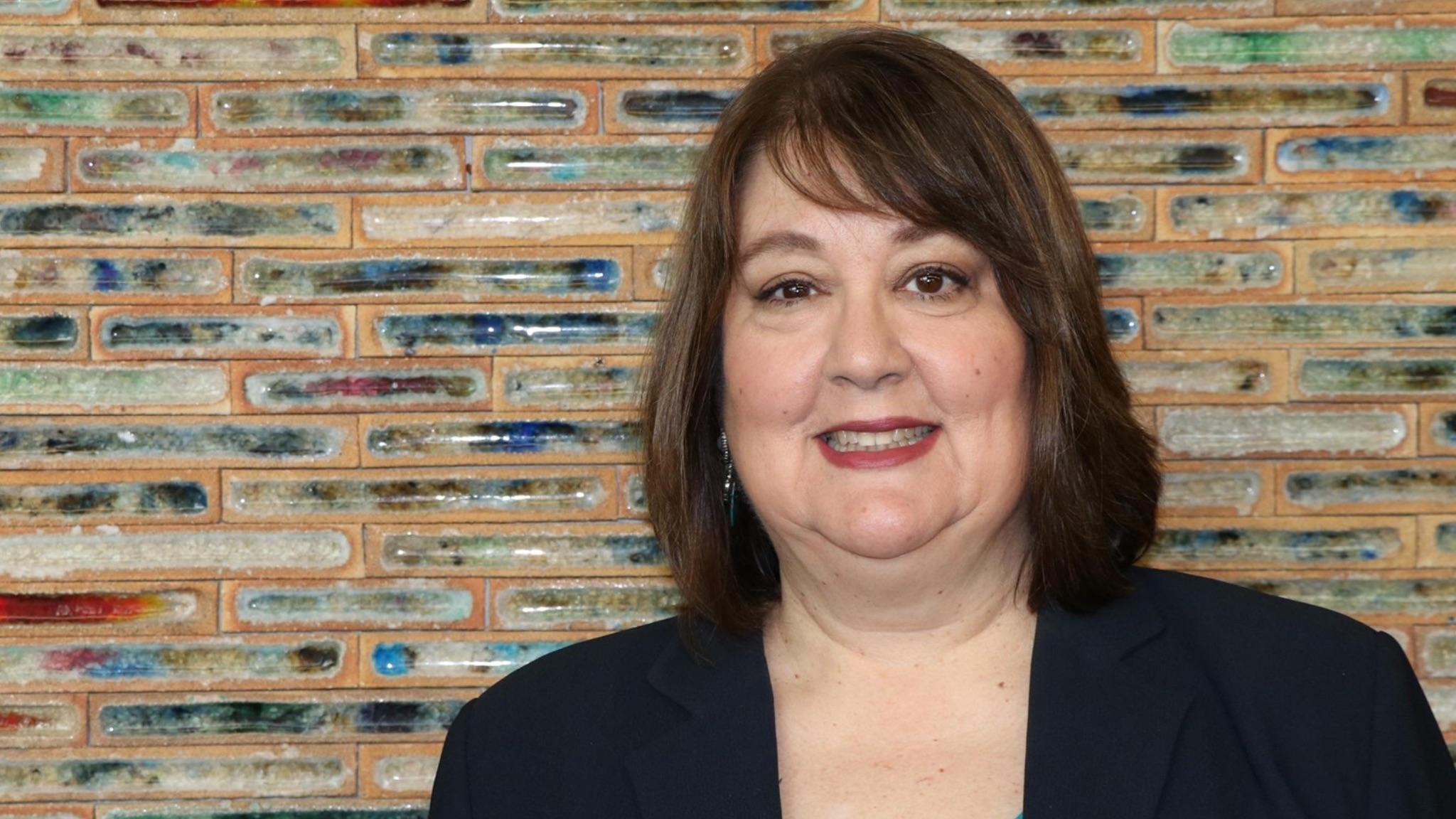 Susan Alexander, UPU expert