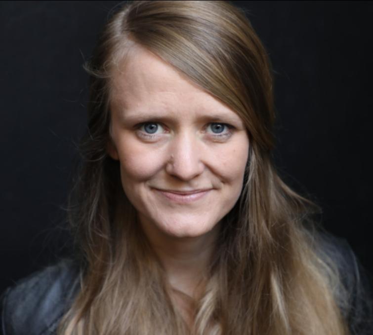 Profilbild Julia Wäschenbach