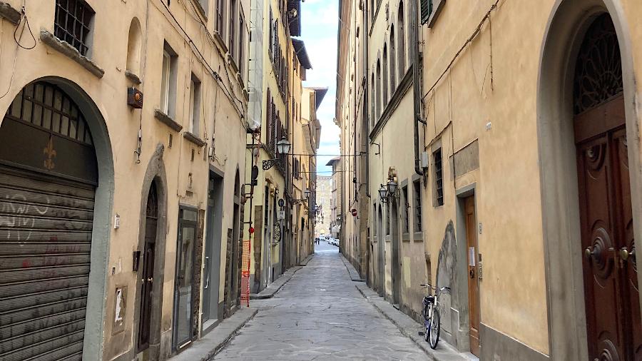 Leere Straße Florenz