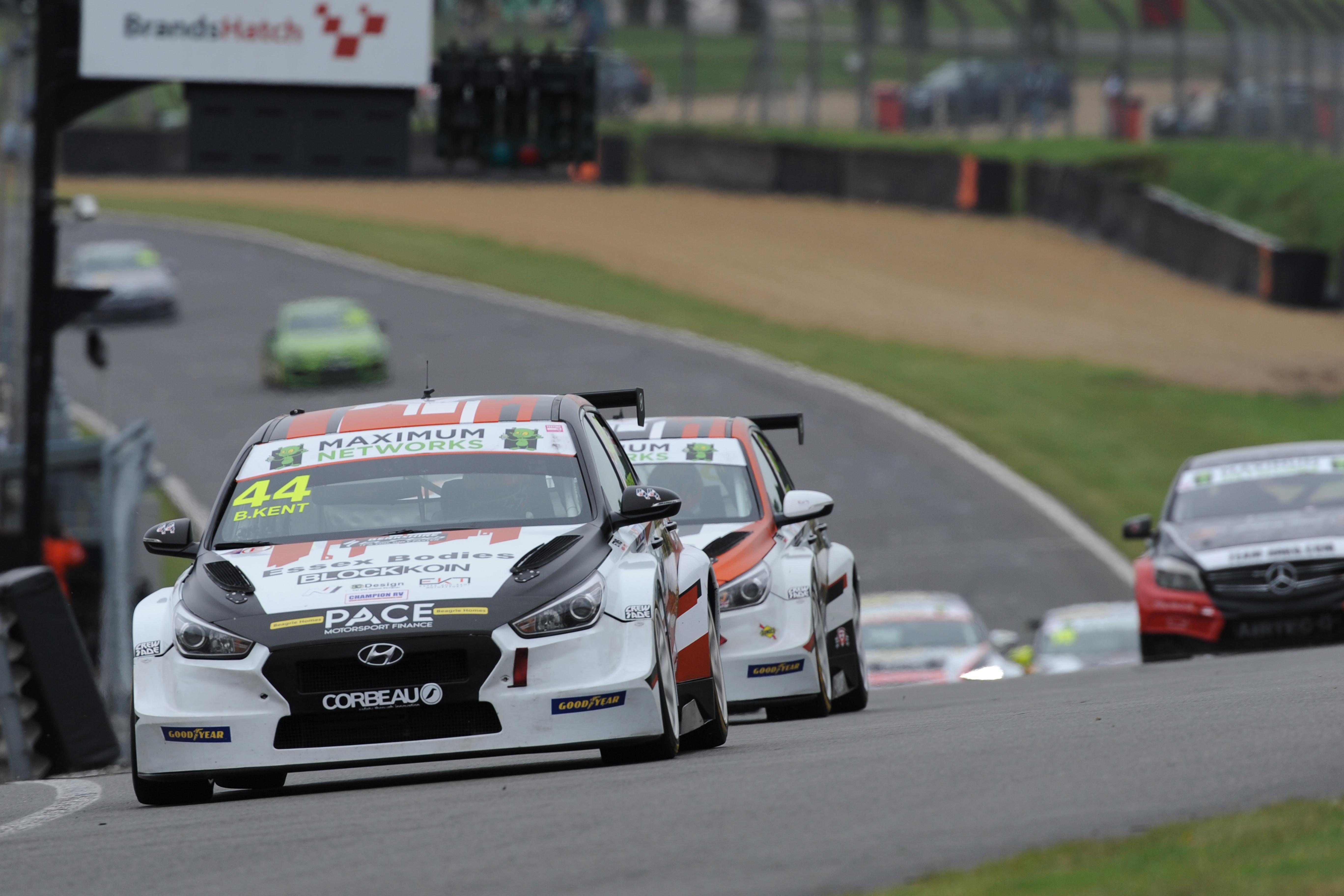 Bradley Kent - TCR UK - Brands Hatch