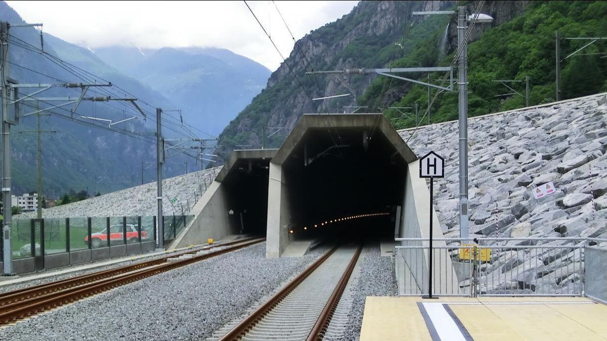 Spektakuläre Tunnel und die aktuellen Mediadaten