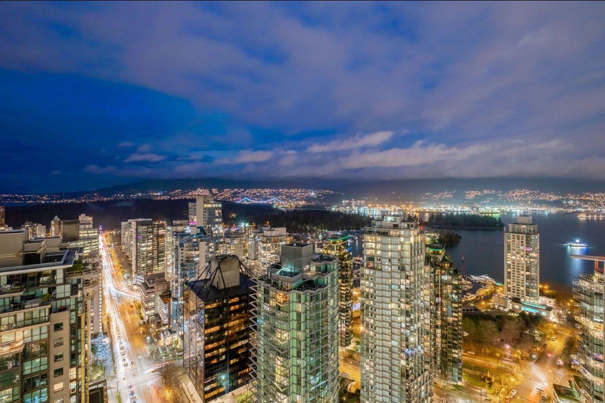 Vancouver Penthouse for Sale Leslie MacGregor