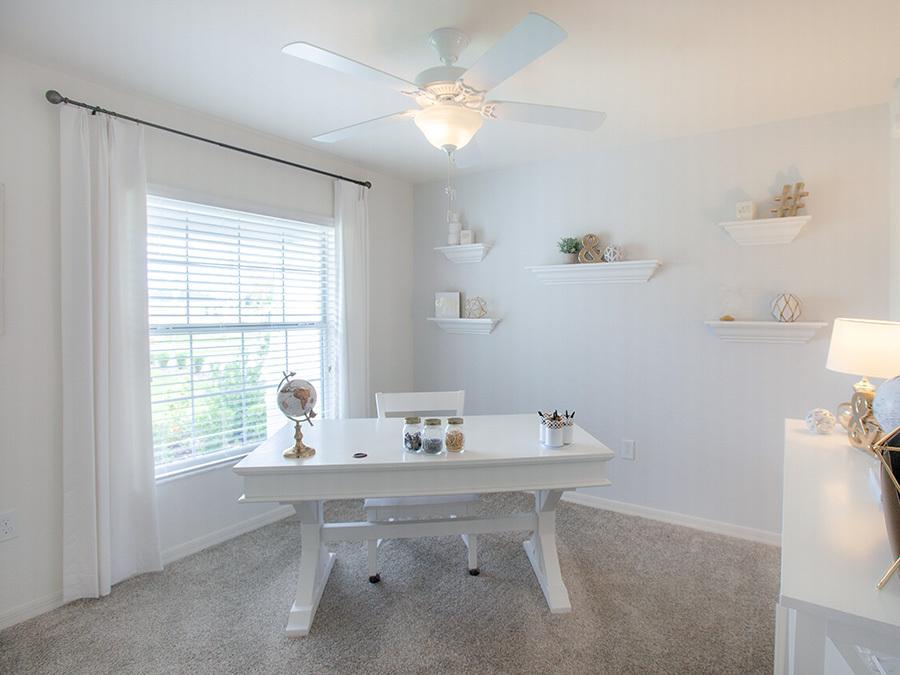 An organized home office in Davenport, FL