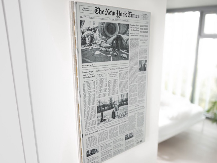 New York Times presented on eInk screen by Max Braun