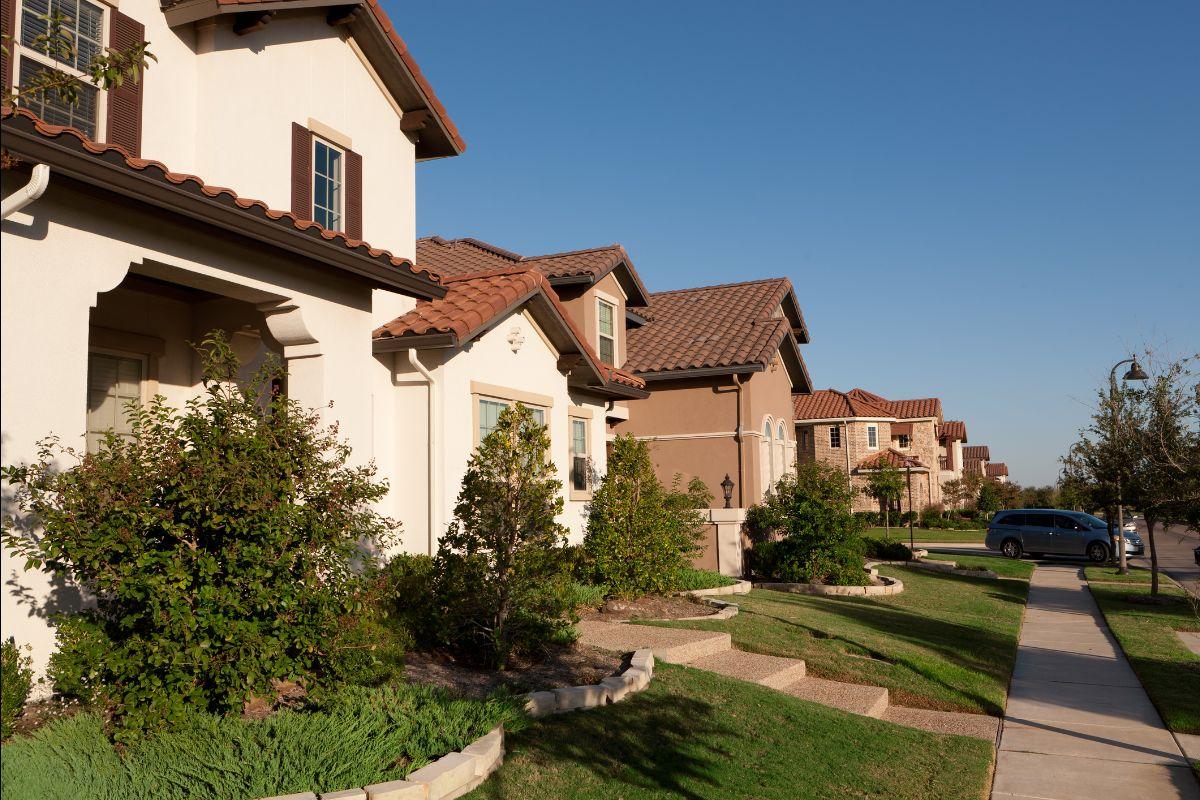 Homes in Las Colinas