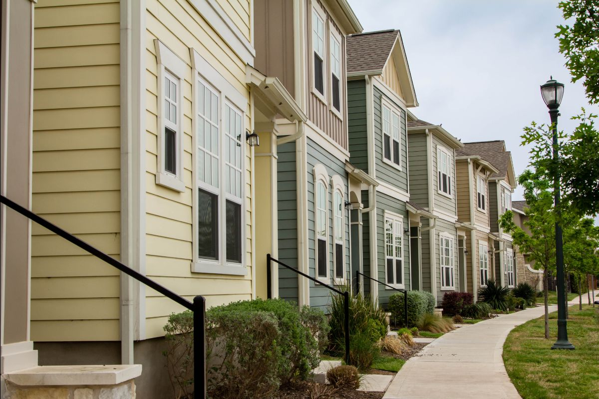 row of townhomes/condos