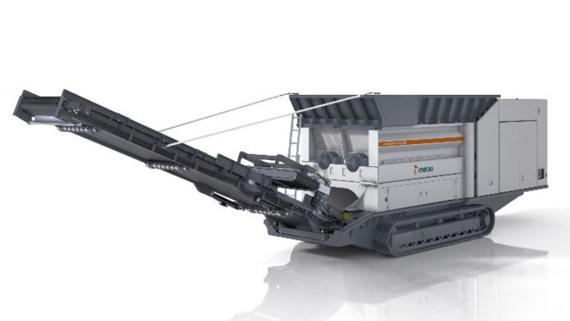 METSO MOBILE PRE-SHREDDER with crawler