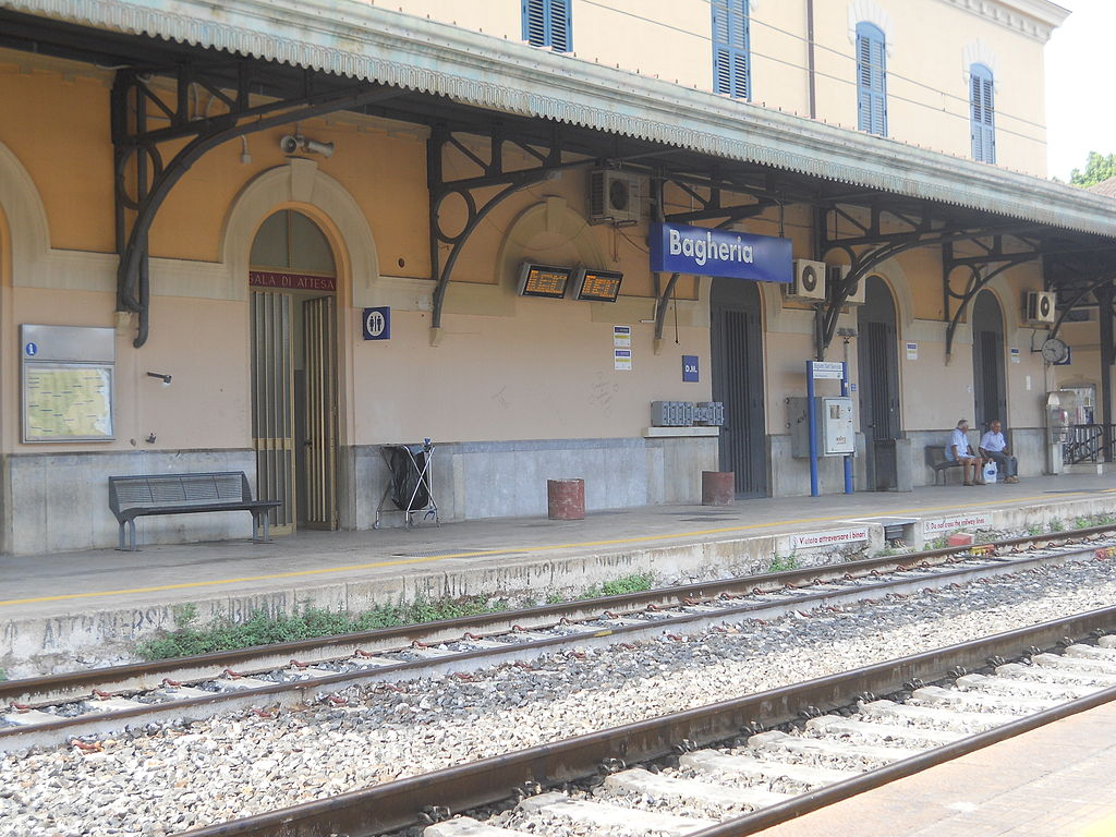 A photograph of Bagheria Station, in Sicily
