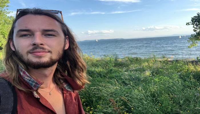 داستان سفر مردی که به خاطر کرونا از تورنتو فرار کرد و ۳۰ ساعت در راه بود تا به خانهاش برسد