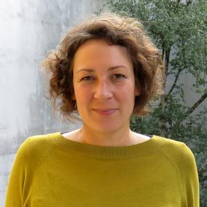 Porträtfoto Julia Schwieder-Rietdorf; Bild: ufuq.de