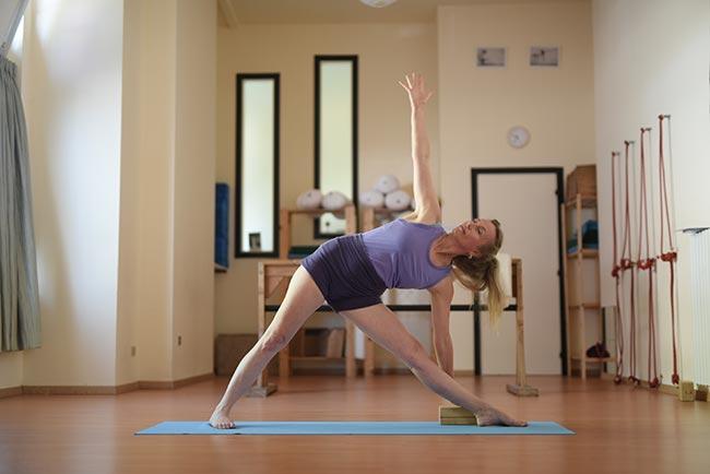 Iyengar Yoga - Phaedra in Trikonasana