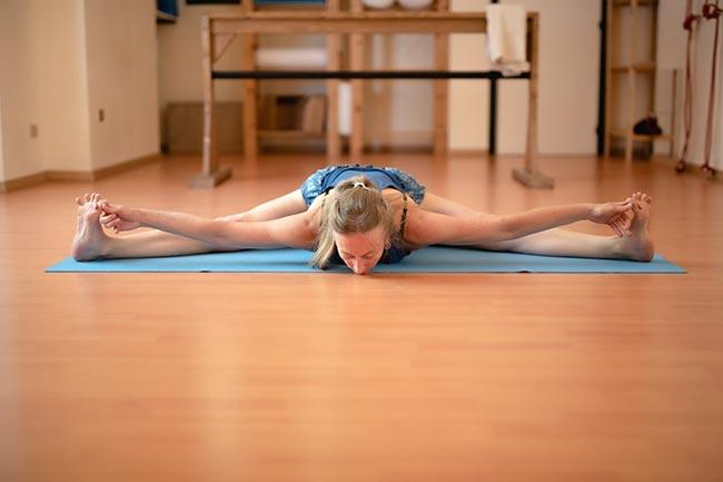 lezioni di Iyengar® Yoga con Phaedra de Zeeuw