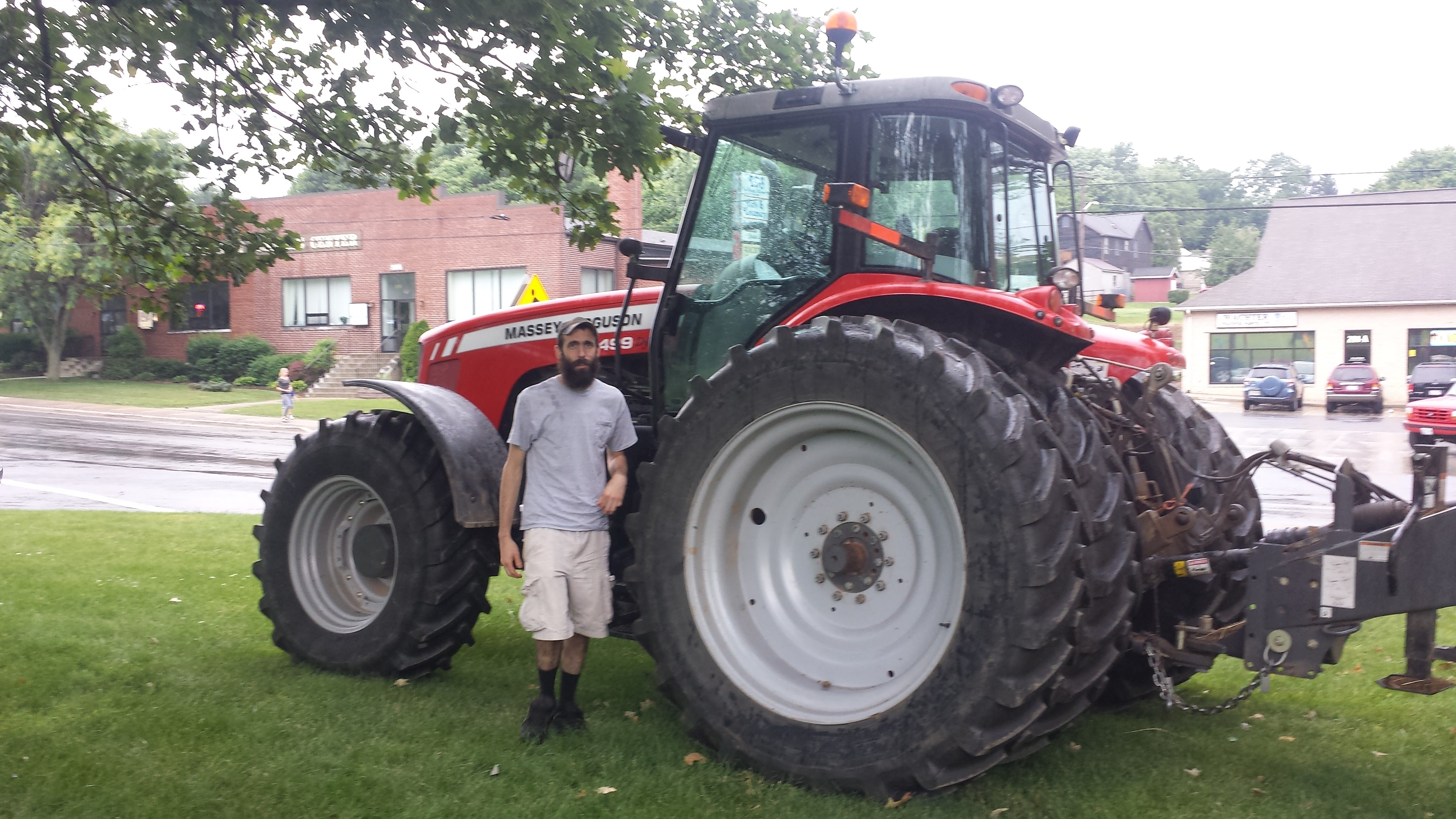 Touche A Tractor