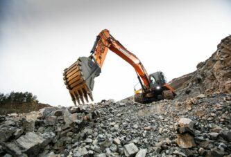 Doosan's rock solid DX350LC-7 Excavator gets to work in Czech Quarry