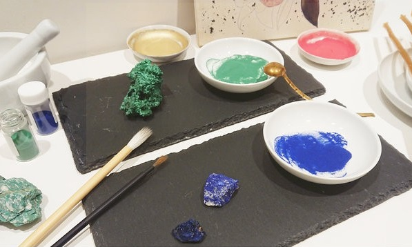 Image of pigments and brushes