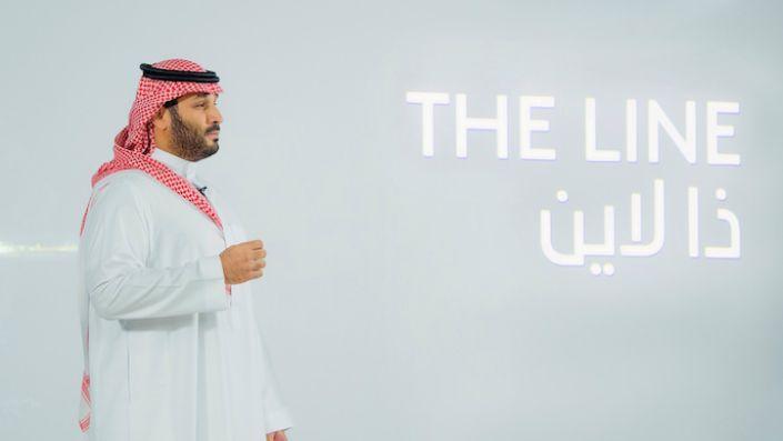 "Saudi Crown Prince Mohammed bin Salman announces a zero-carbon city called ""The Line"" to be built at Neom in northwestern Saudi Arabia, January 10. (Bandar Algaloud/Courtesy of Saudi Royal Court/Handout via REUTERS)"