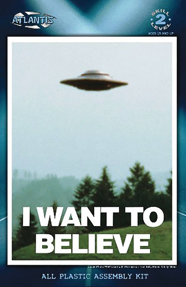 X-FILES – I WANT TO BELIEVE – 5IN UFO W/LED MODEL KIT