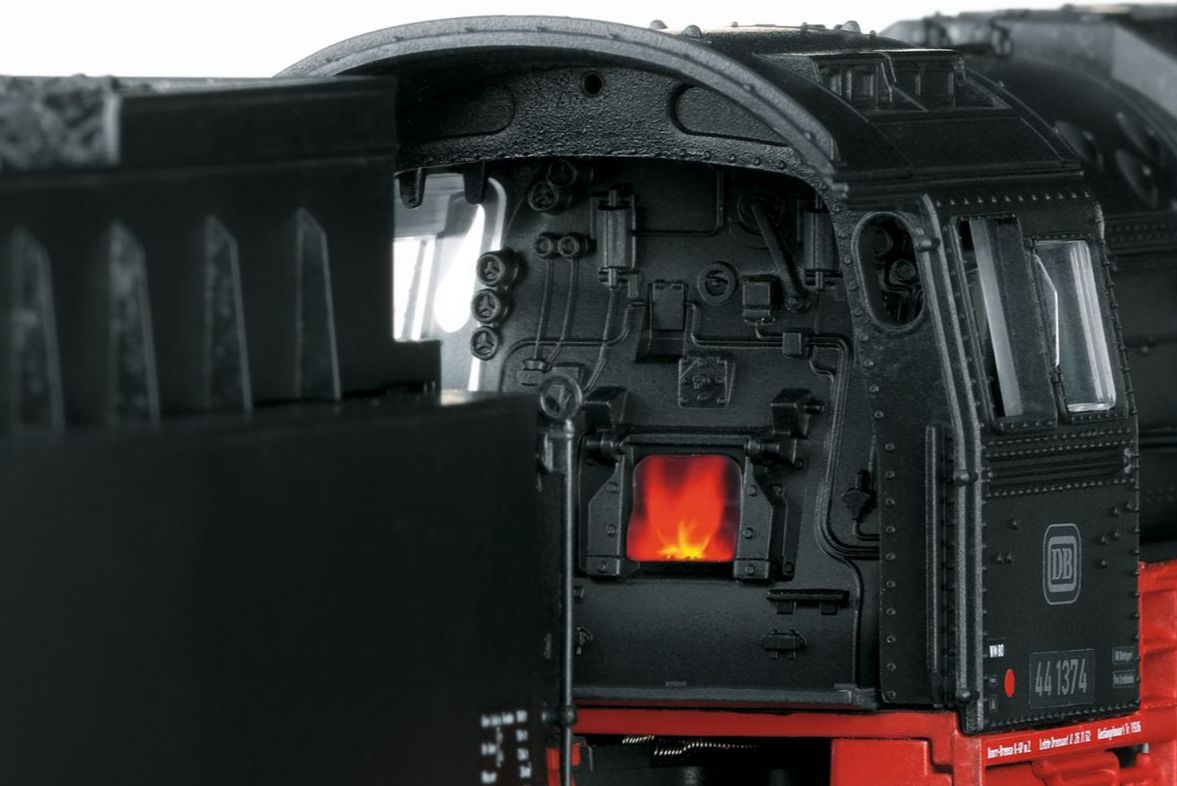 Closeup of the fireplace of the model BR 44
