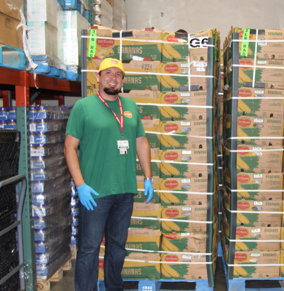 Art Bouvet leads the Del Monte team in delivering fresh produce to the City of Oxnard to help families in need from the COVID-19 crisis