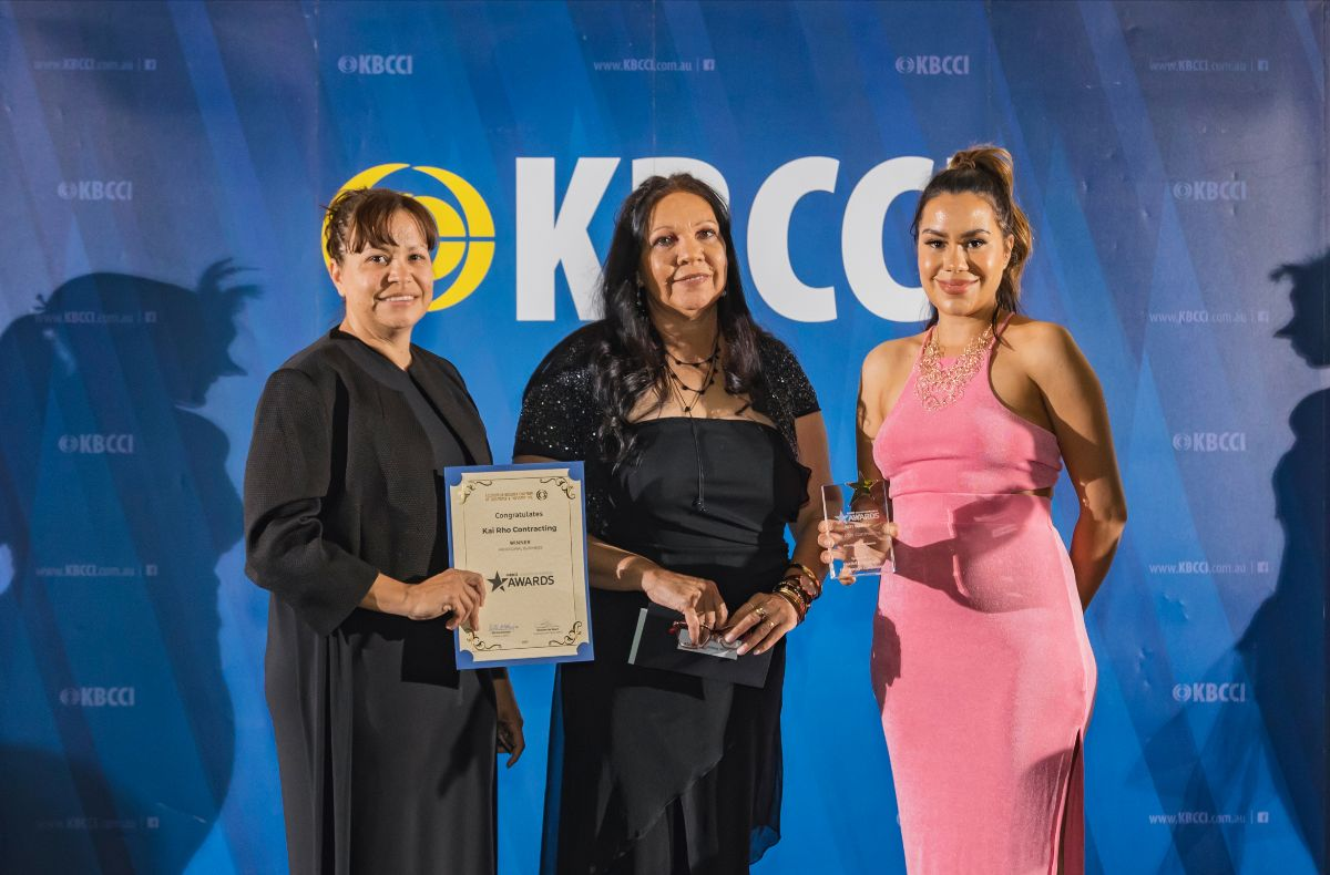 GEDC Board member Shaneane Weldon, left, with Rowena Leslie and Katrina Stubbs from Kai Rho Contracting.
