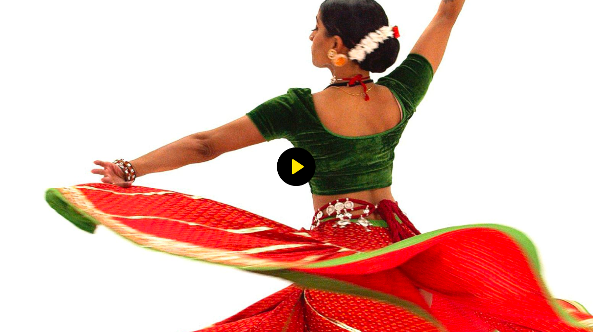 Dancer in traditional Indian dress and accessories