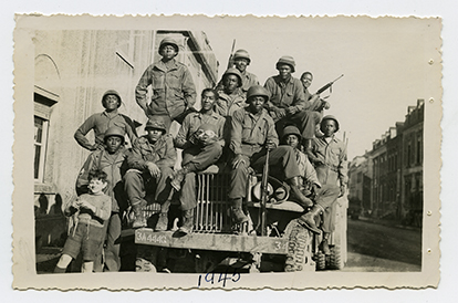U.S. SOLDIERS-EUROPE WWII