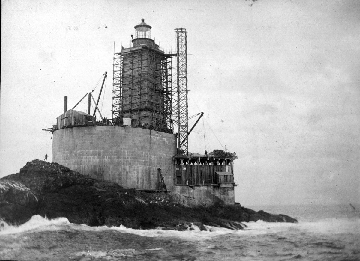 Black and white photograph of the construction of the St. George Reef Light station in California, 1892