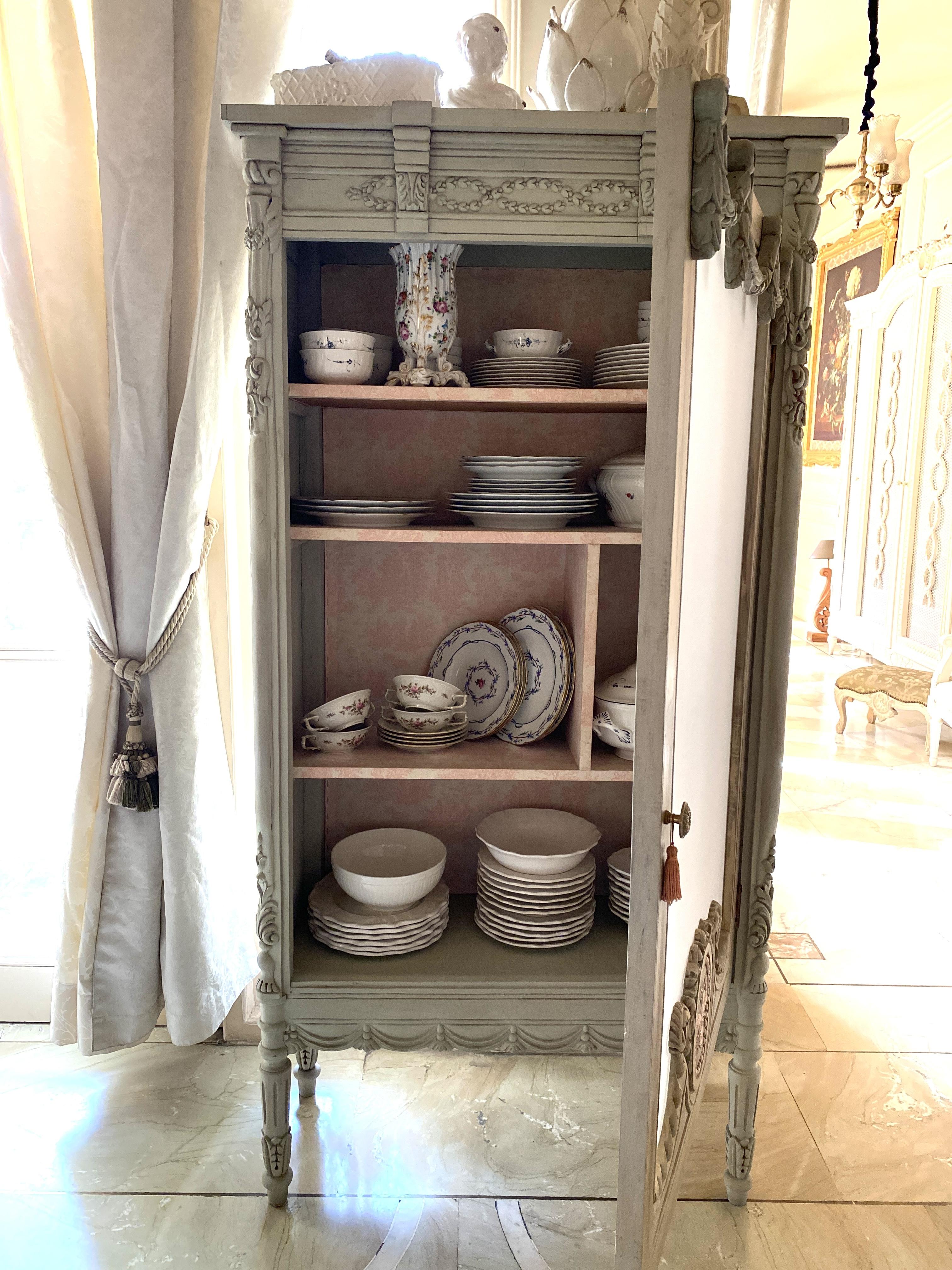 Porcelain History Limoges Sevres Decorative Arts Villeroy & Boch Bernardaud Meissen Herend