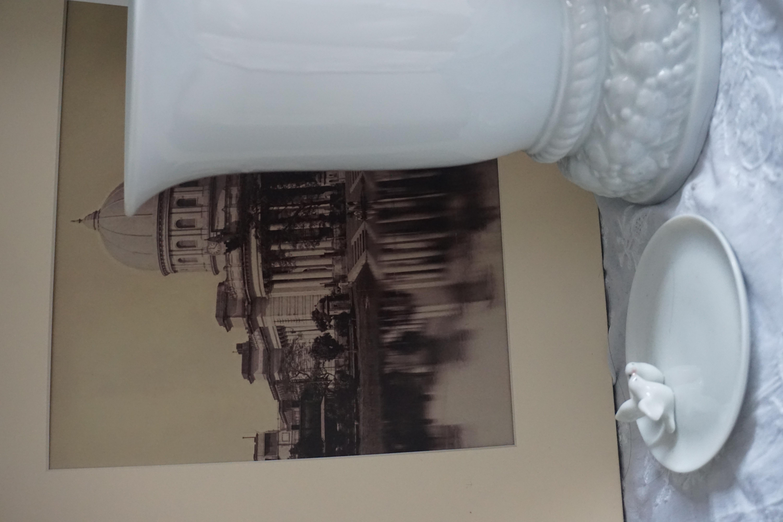 Porcelain History Limoges Sevres Decorative Arts Villeroy & Boch Bernardaud Meissen Herend Lladro Rosenthal