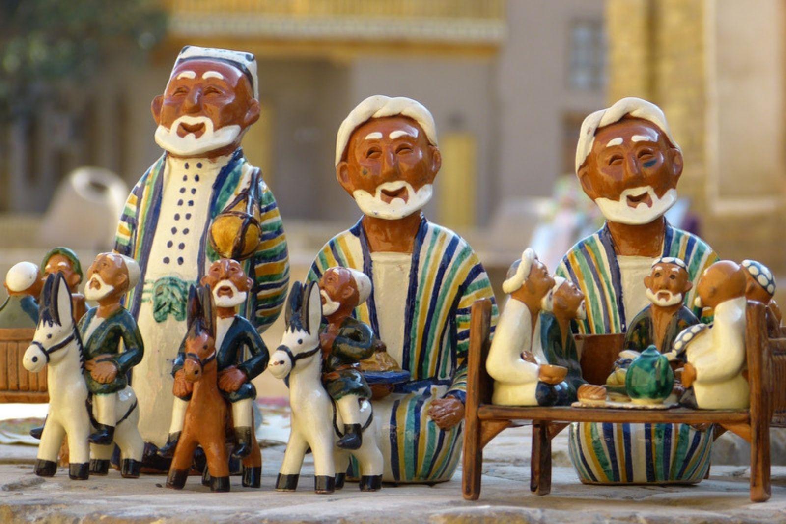 AFC Holidays - Uzbekistan Dolls Souvenir Shopping